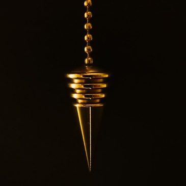 El Pendulo, el Telefono de los Espiritus