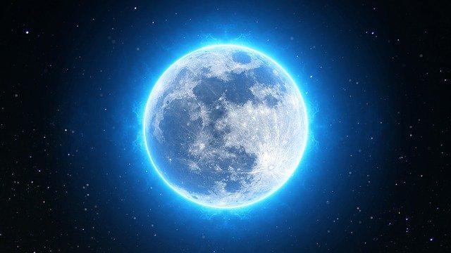 Luna Azul de la Traicion
