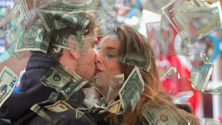 mes mayo del amor y el dinero